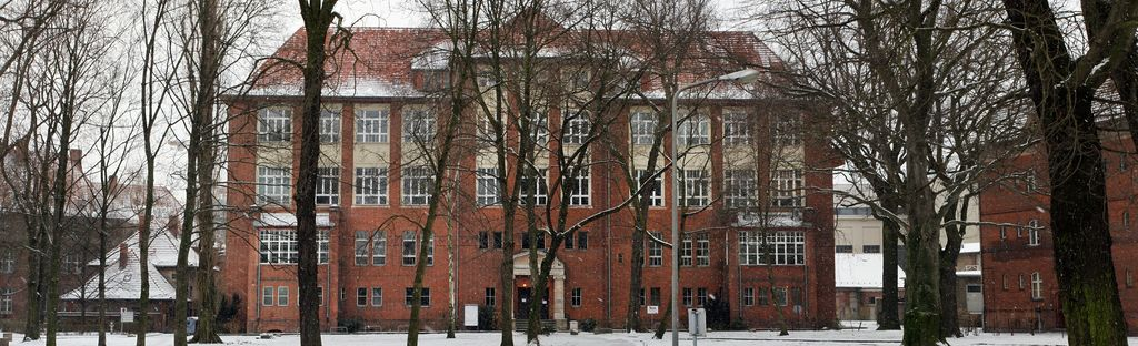 Haus 18 im Schnee (kleine Datei)